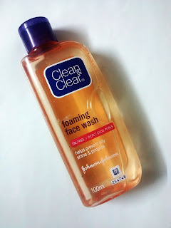 Product Review - Clean & Clear Foaming Face Wash