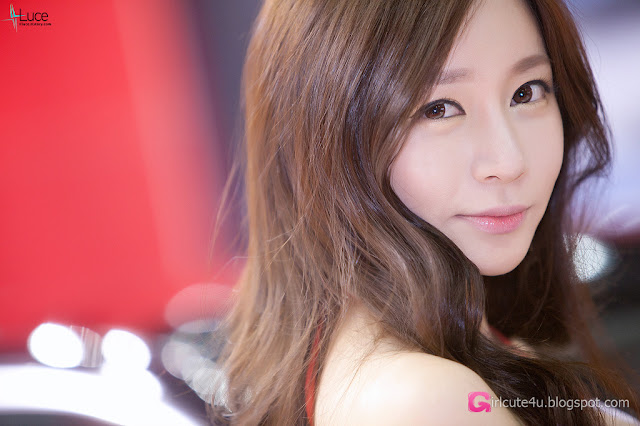 1 Han Ji Eun - Automotive Week 2012-very cute asian girl-girlcute4u.blogspot.com