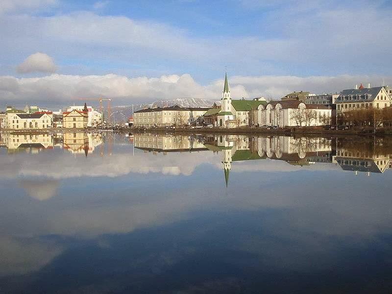 冰島特約寧湖