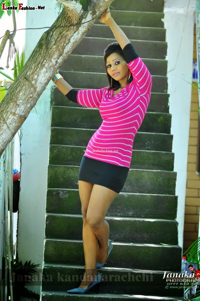 Chandani bandaranayaka mini skirt