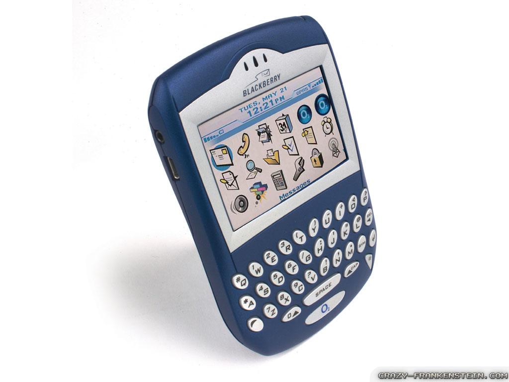 http://1.bp.blogspot.com/-GPod3bjip0E/TleC8TCosWI/AAAAAAAACIo/_oCKOHa25v4/s1600/Blackberry-Wallpapers-6.jpg