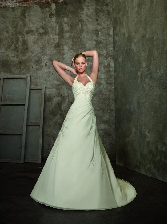 Brautkleider 2012 Brautmode: Neckholder Brautkleider - Schauen Sie ...