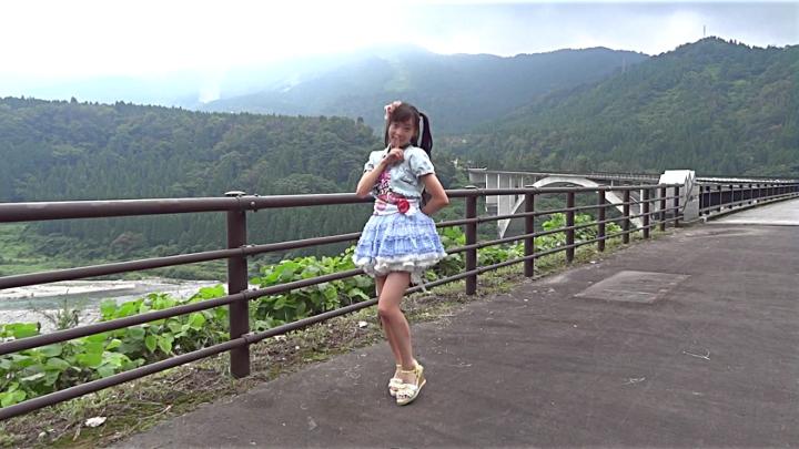 Japanese schoolgirl. Dance of 14-year-old girl is cute.