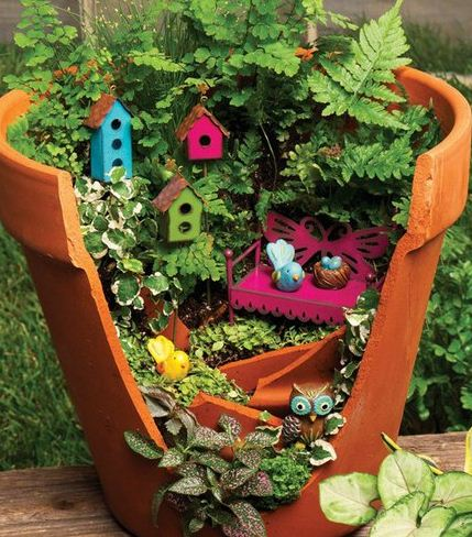 Jardines peque os en maceteros rotos cositasconmesh for Jardines hermosos pequenos