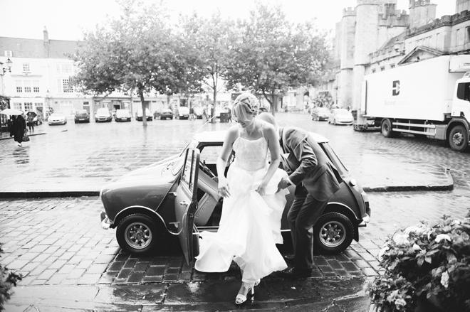 bespoke wedding dress by anna vickery for alexandra king