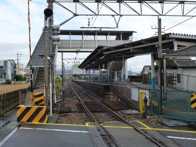 東武伊勢崎線 東武和泉駅舎