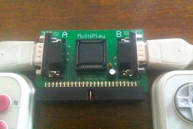 Diversión a raudales con MultiPlay. Conecta hasta 4 joysticks a tu CPC