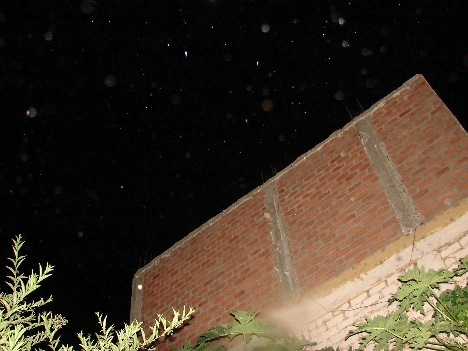 15-03-2012...sec Avistamientos Ovni esferas rojas Alienes-x-Fito.33.p.