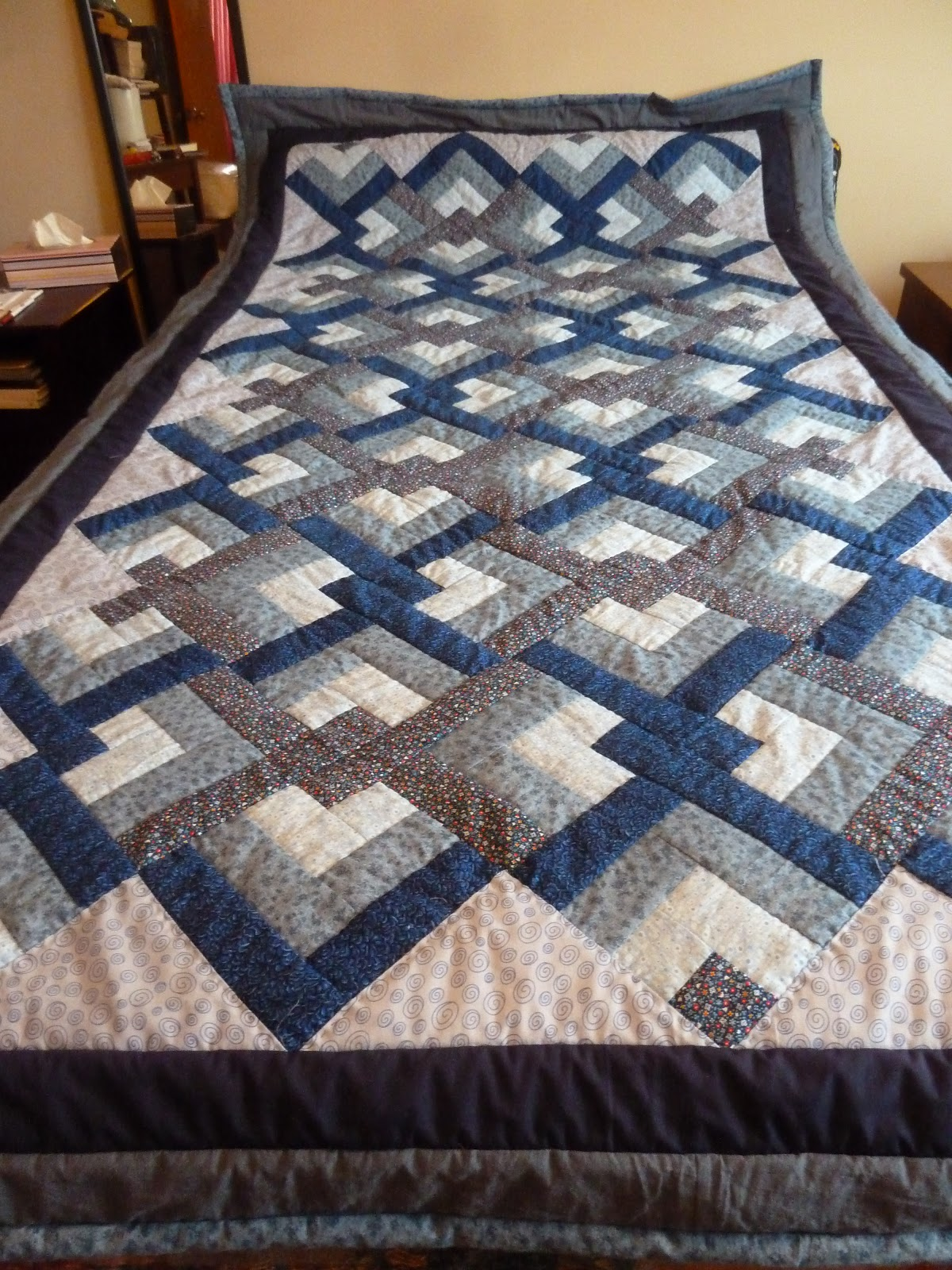 Quilting Pattern Lovers Knot : Marlene s Space: Blue Lovers Knot Quilt... Done!