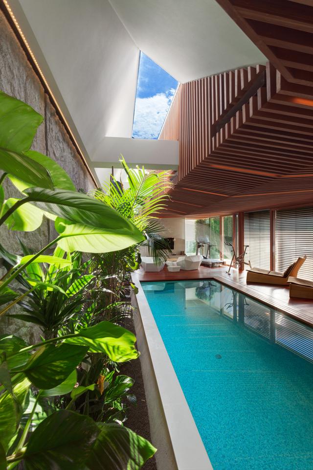 World of Architecture: Ultra Modern House by architekti.sk ...