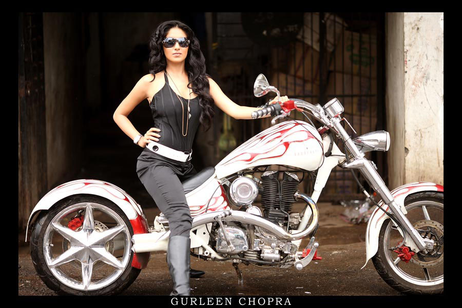 Gurleen Chopra Hot Pics