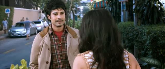 Screen Shot Of Hindi Movie Ishk Actually (2013) Download And Watch Online Free at mpvideosongs.com