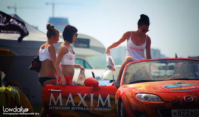 Mazda MX-5 NC, dziewczyny przy samochodach