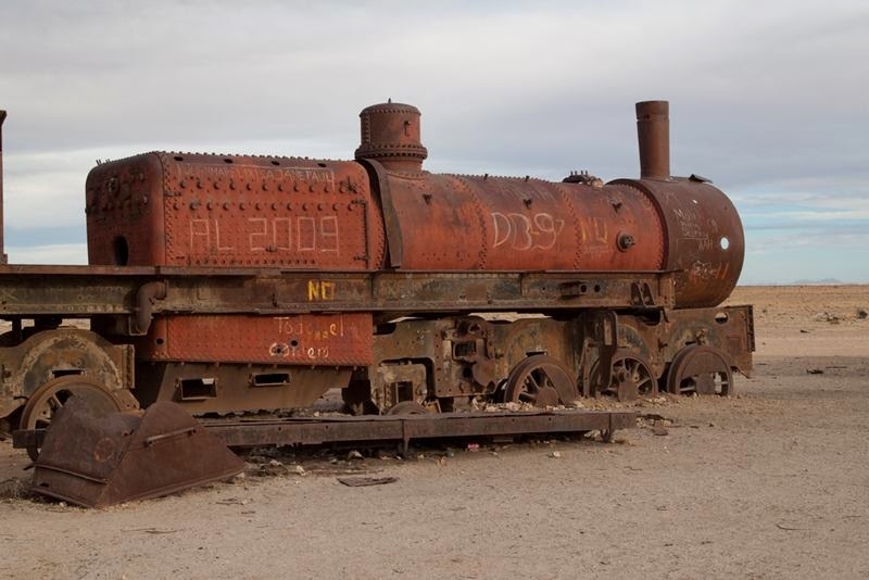 The antique train cemetery is also one of the major tourist attractions of the area. It is located 3 km outside Uyuni and is connected to it by the old train tracks.