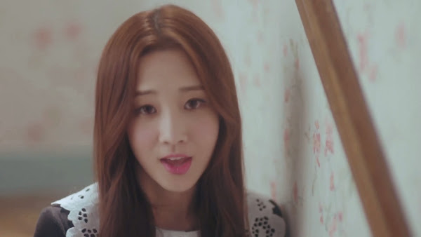 Lovelyz' Jiae (지애) in Hi~ MV