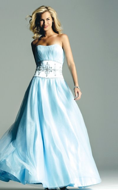Wedding dress 5 wedding gowns with color accents for Wedding dresses with blue accents