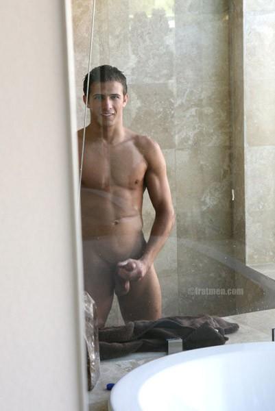 Naked Fratmen Nash 20