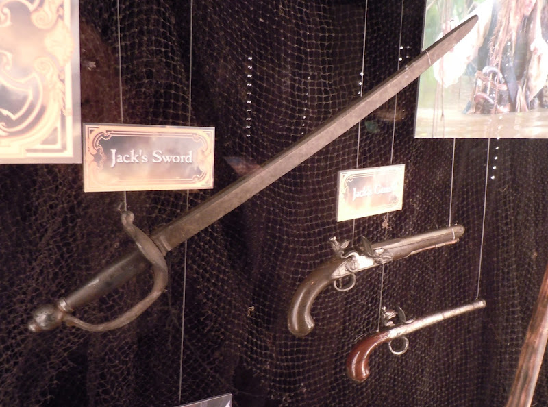 Pirates of the Caribbean Jack Sparrow sword and gun props