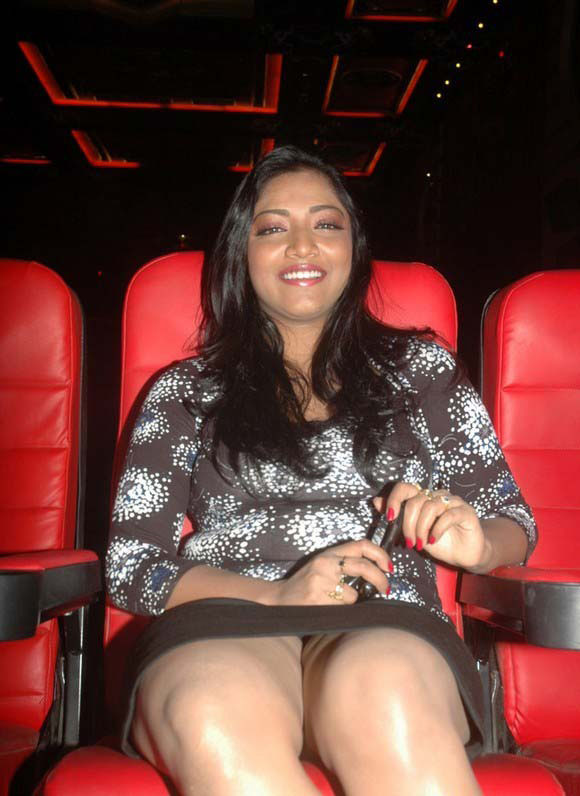 ... party oops stills south indian oops actress mamatha latest hot photos