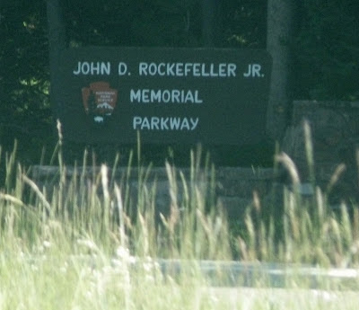 John D Rockefeller Memorial Parkway sign