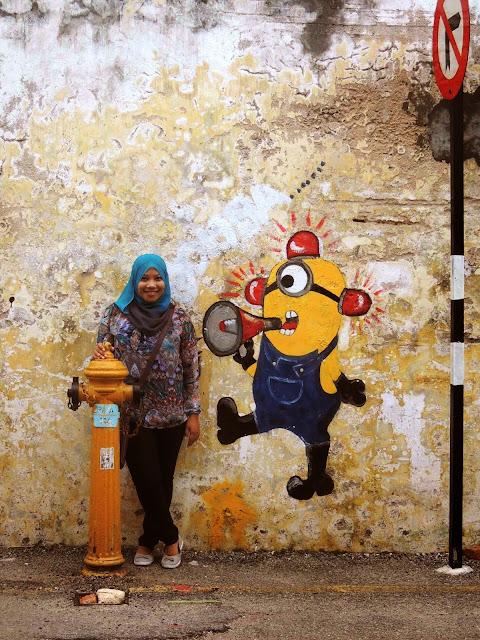 minion mural arts armenian street pulau pinang