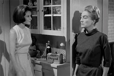 Still - Diane Baker and Joan Crawford in Strait-Jacket (1964)