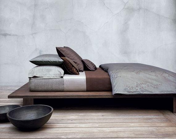 CAMAS BAJAS MUY CERCA AL PISO LOW BED FLOOR BED by dormitorios.blogspot.com