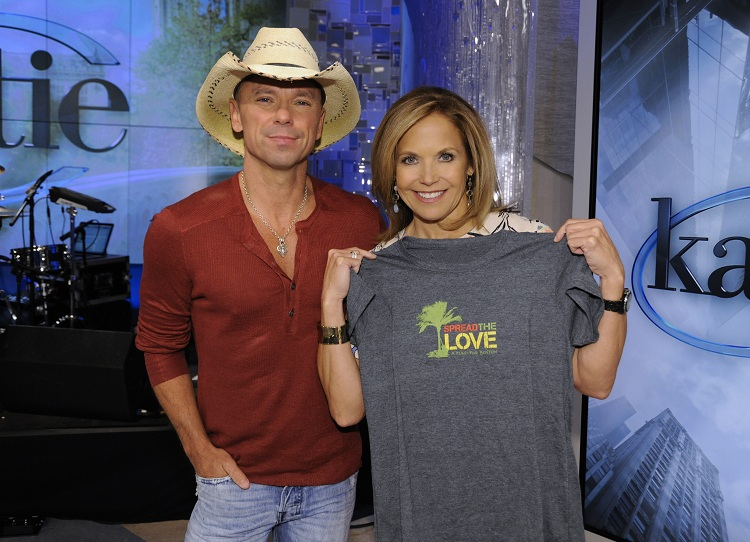 Times square gossip kenny chesney kenny chesney katie couric honor boston m4hsunfo
