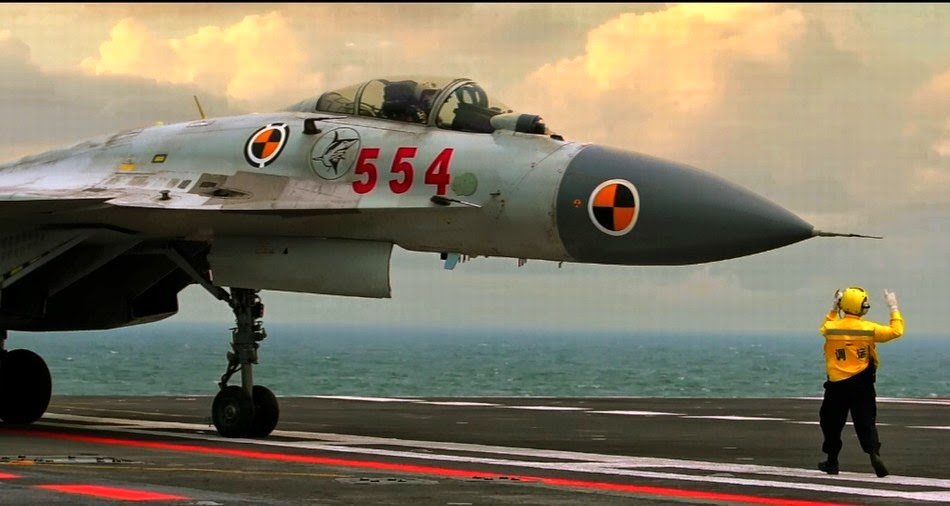 chine Chinese+J-15+Carrier+borne+Fighter+Jet+Landing+back+at+the+CV16+Liaoning+Aircraft+Carrier+of+the+People's+Liberation+Army+Navy+(PLA+Navy)+(5)