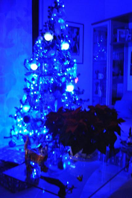 albero di natale albero di natale mariafelicia magno come addobbare la casa a natale come apparecchiare la tavola a natale addobbi natalizi come apparecchiare la tavola tavola natalizia addobbi natalizi tavola rossa tovaglia rossa come trascorre il natale una fashion blogger colorblock by felym natale 2015  christmas decorations