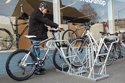 Fahrradfahren & Fahrradparken - die Profis vom fahrradstaender-onlineshop.de
