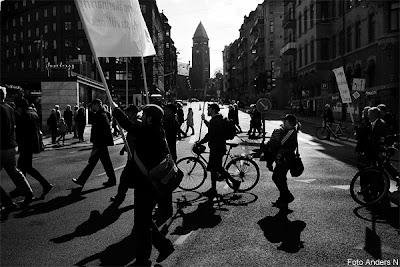 demonstration, demonstranter, avenyn, göteborg, socialdemokraterna, engelbrektsgatan, vasastan, vasa kyrka, vasakyrkan, 2013, 1 maj, tsyfpl, foto anders n