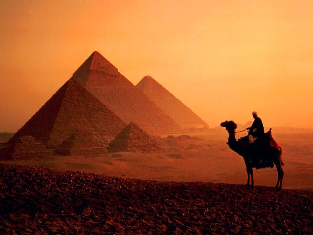Noche Egipcia