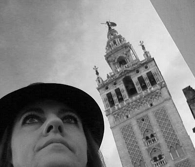 Isabel Camiña, ventrílocua y animadora