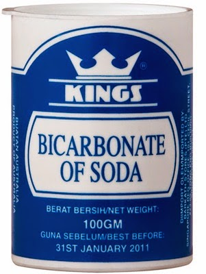 Kegunaan Soda Bikarbonat, gambar soda bikarbonat, Soda bikarbonat mengatasi masalah rambut berminyak, Soda bikarbonat penghilang kelemumur, Soda bikarbonat sebagai pemutih gigi, Soda bikarbonat sebagai deodorant, Soda bikarbonat untuk rawatan kaki