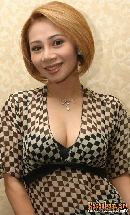 100 Foto Seksi Artis Asia Dengan Payudara Terbesar Foto ...