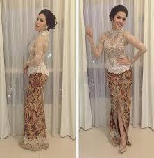 Foto Model Kebaya Raisa Gaun Klasik Modern
