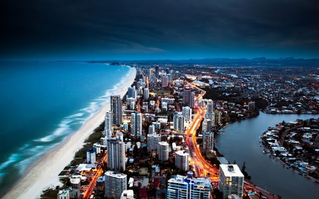 город на пляже
