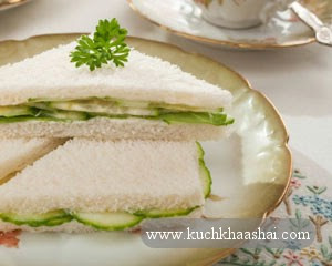 Cucumber sandwiches with mint chutney