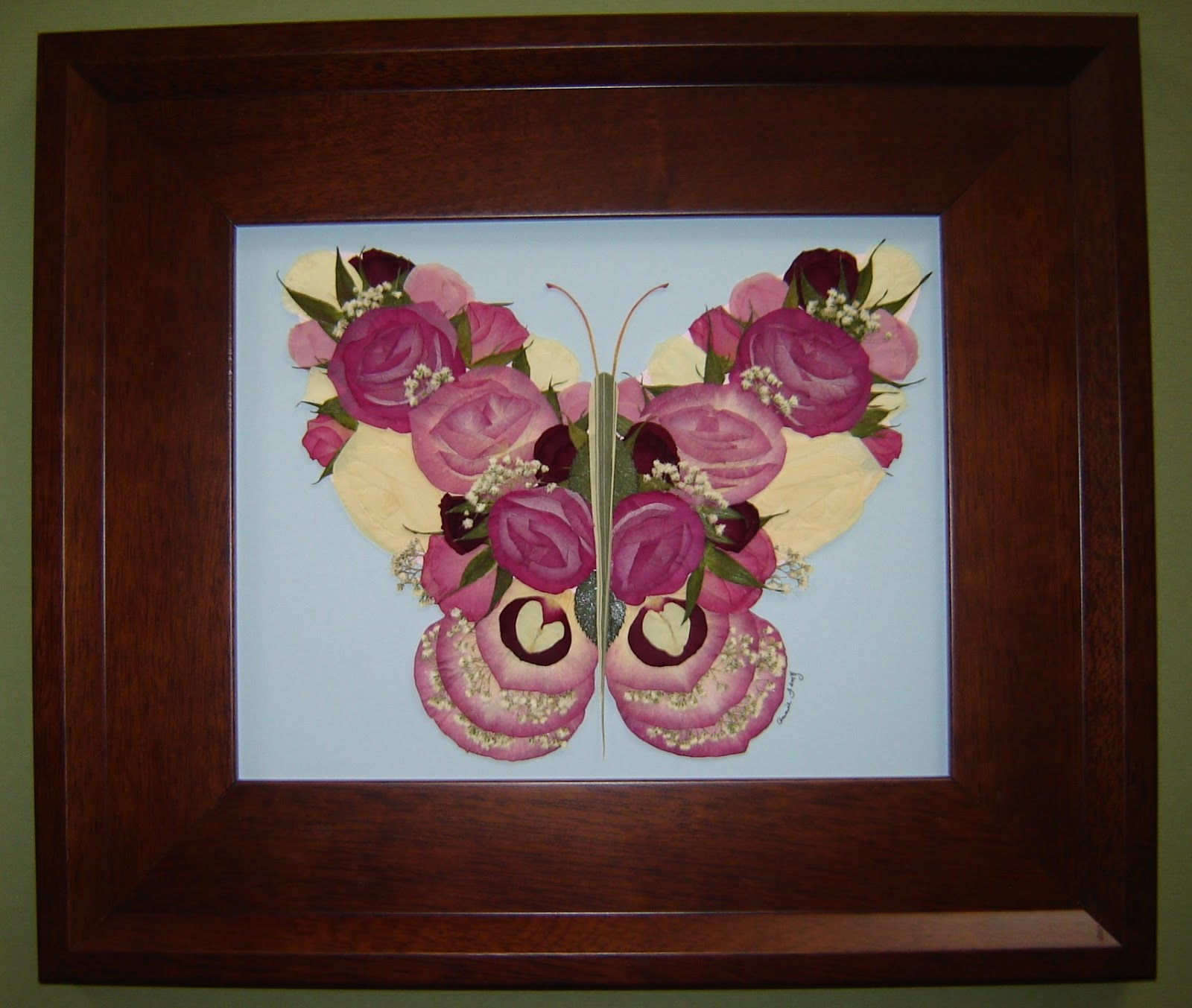 Pressed garden butterfly memorial the pressed flower art is made up of several types of izmirmasajfo