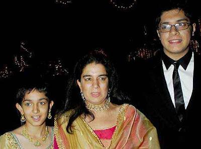 Reena Dutta with her children