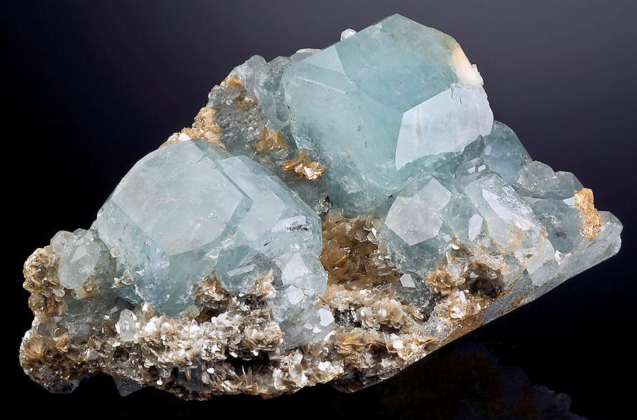 аквамарин камень свойства