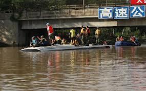 TORMENTAS EN CHINA DEJAN 55 MUERTOS Y DECENAS DE DESAPARECIDOS, 18 de Mayo 2013