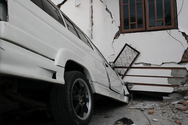 Ralat, Gempa Sumbar 7,9 SR