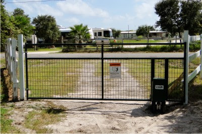 Northup Wire Mesh Gate with Gator Power Gate