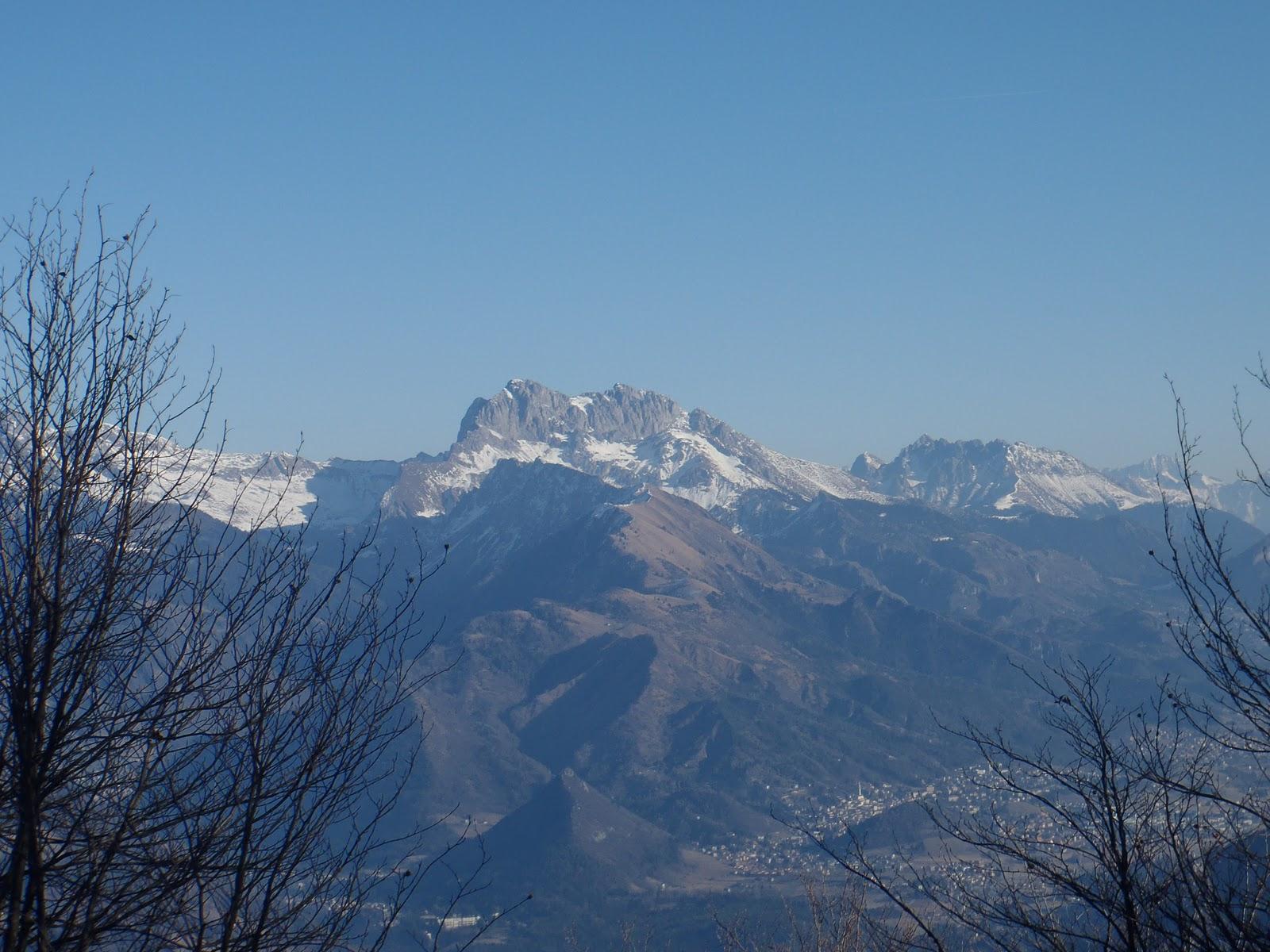 Malati di montagna sull altopiano del sole alla cima di tisa - Riscaldare velocemente casa montagna ...
