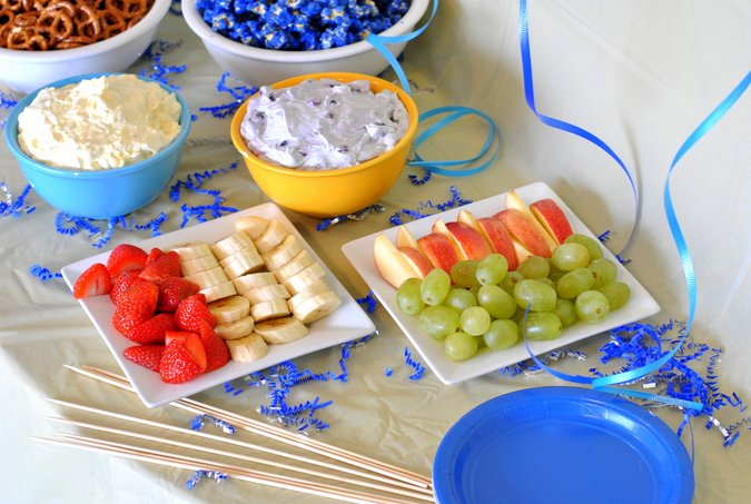 minions movie night sliced fruit and fruit dips