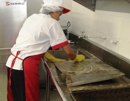 Le souffle en tavola curso para elaborar ensaladas i for Metodos de limpieza y desinfeccion en el area de cocina
