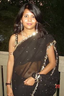 indian wife in transparent saree showing blouse navel