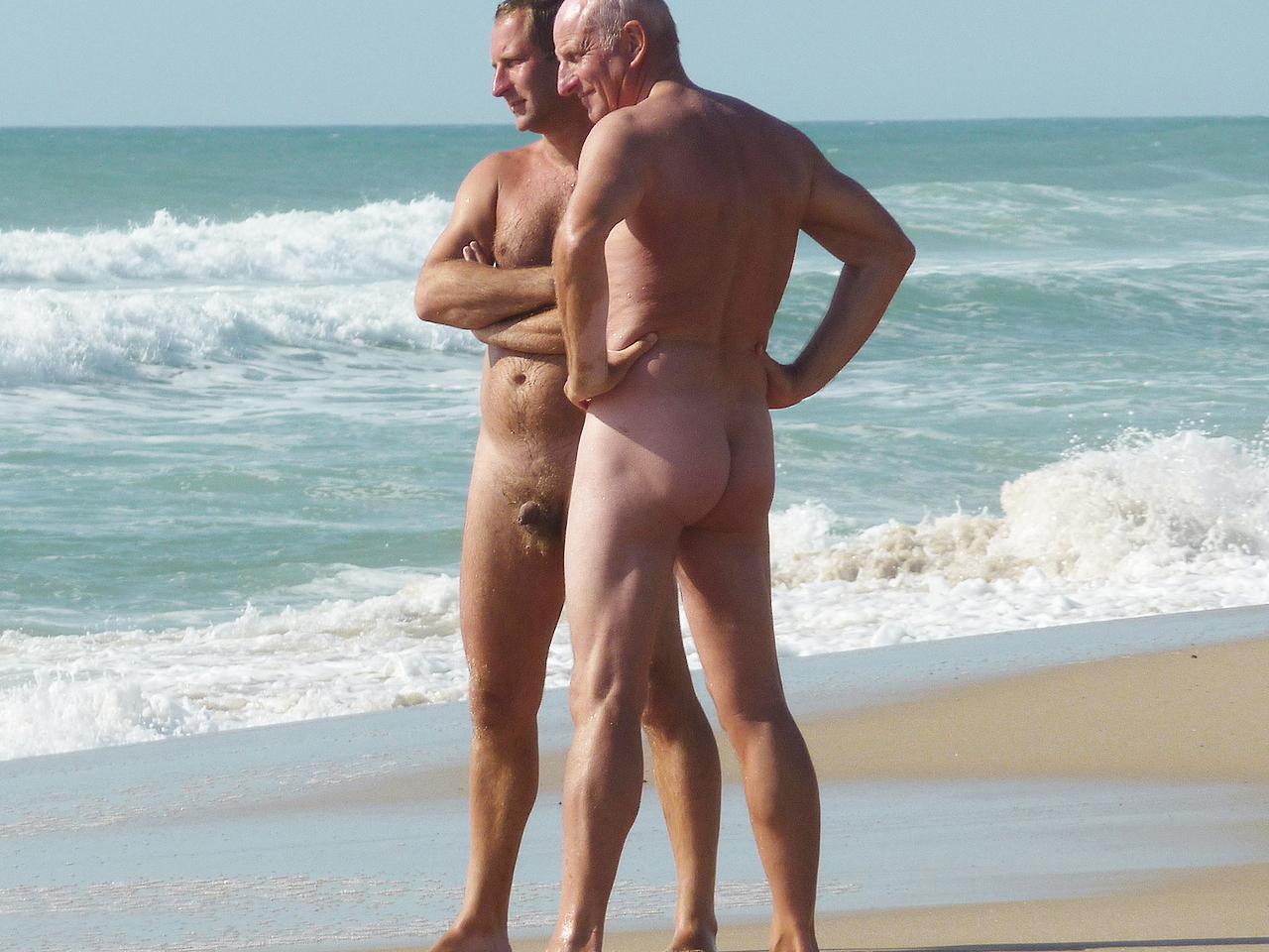 sexy girls bums bent over in underwear